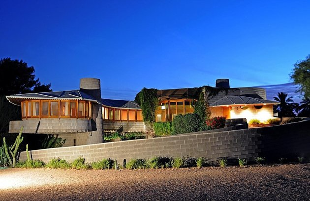 Frank Lloyd Wright's Staircase Home in Phoenix Saved by Anonymous Buyer